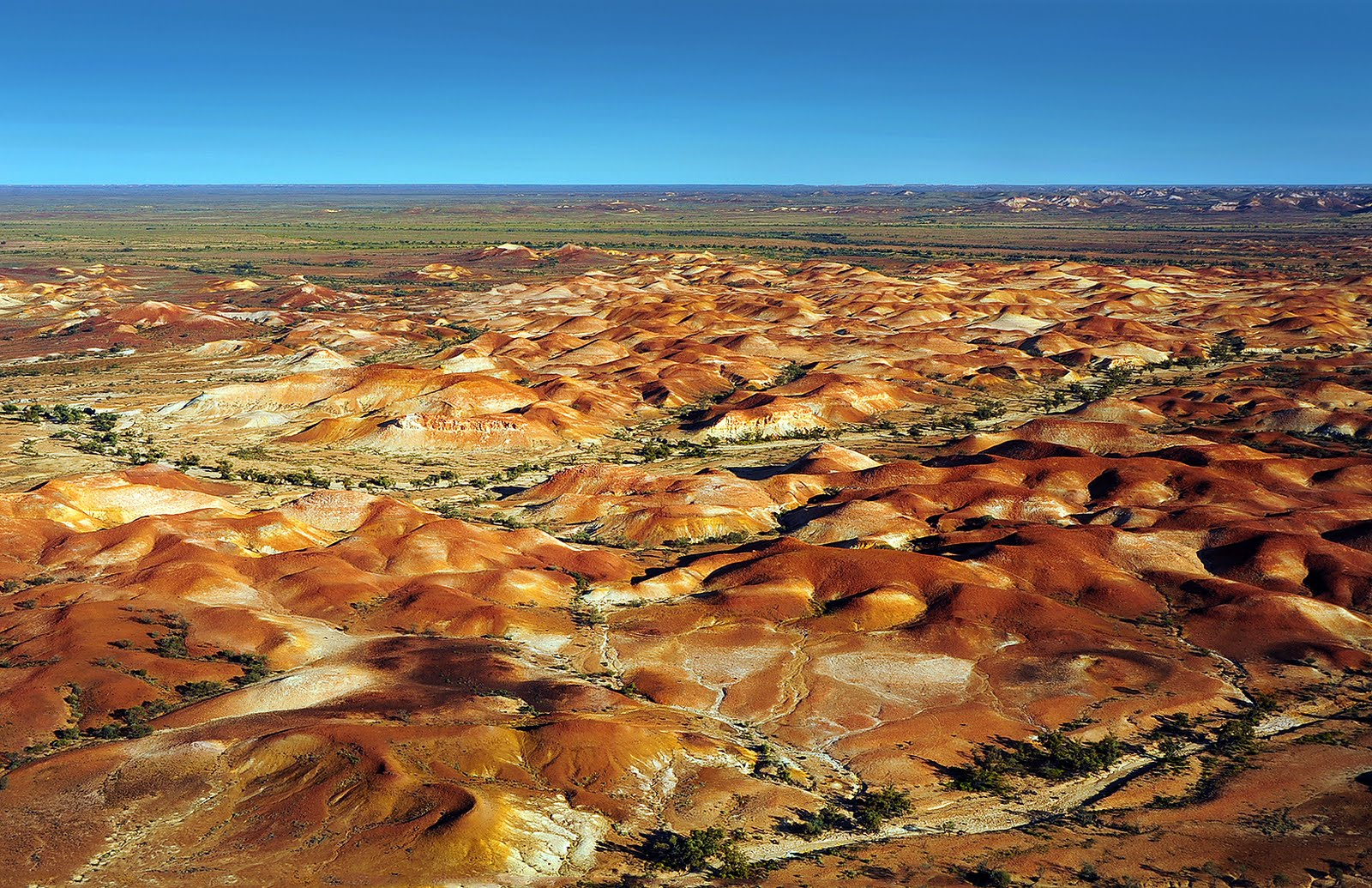 Arkaroola Lake Eyre Channel Country And Outback New