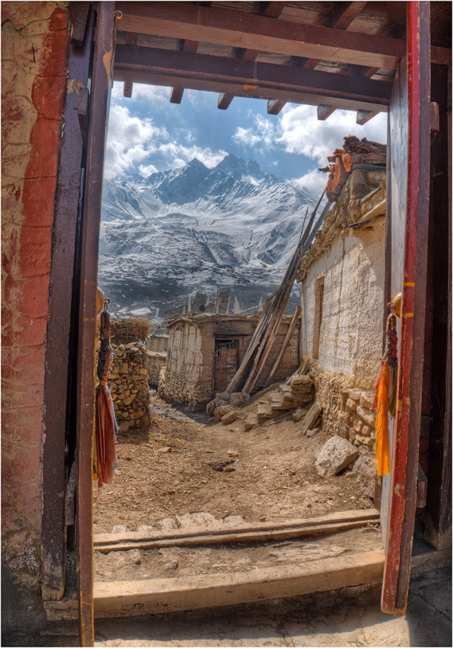 Jarkhot-Jompa-Doorway-NEP056-14x20 copy
