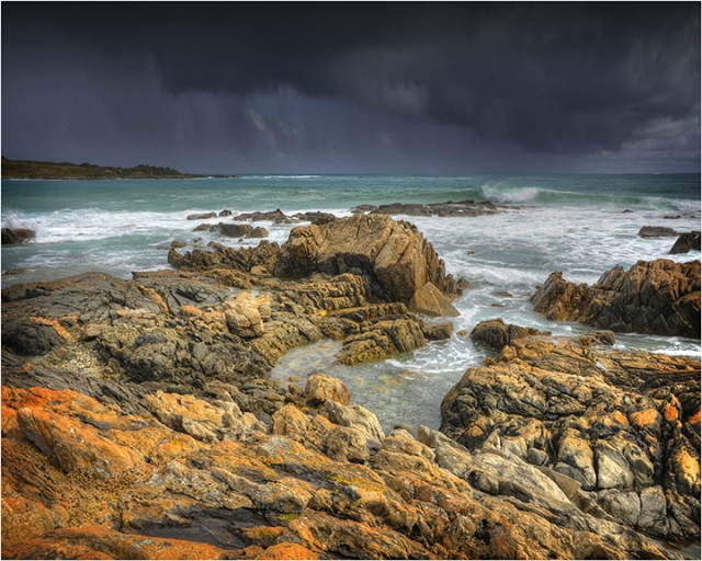 Approaching-Storm-Victoria-Cove-KI0573-16x20 copy