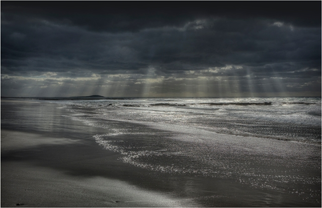 Sea-Elephant-Bay-Crepuscular-Rays-KI0568-11x17 copy