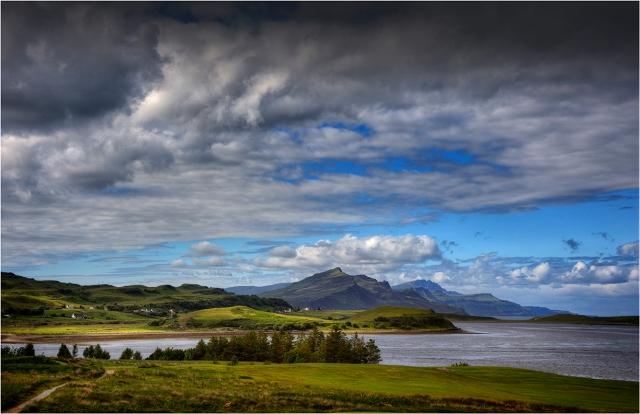 Isle-of-Skye-Loch-Na-Cairidh-S0173-11x17 copy