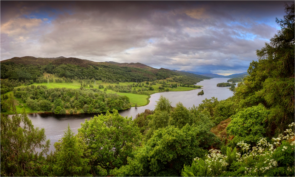 Queen's-View-Loch-Tummel-S0132-15x25 copy
