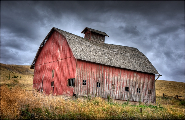 Old-Barn-the-Palouse-WSH029