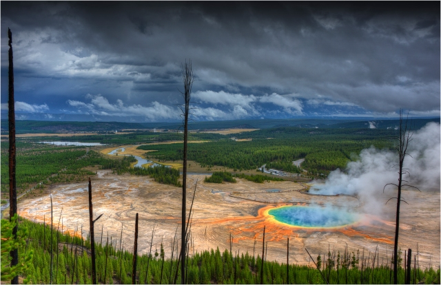 Grand-Prismatic-Basin-YNP-WYM0162-11x17 copy