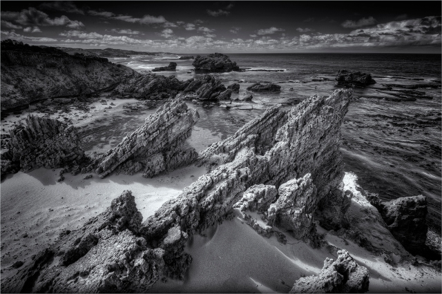 The-Crags-Port-Fairy-VIC0644M-16x24 copy