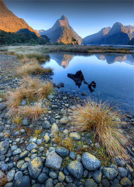 Mitre-Peak-Milford-Sound-NZ0301-18x25