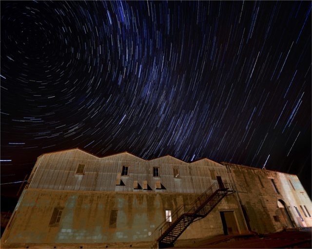 Warehouse-Startrail-NZ0331-20x25