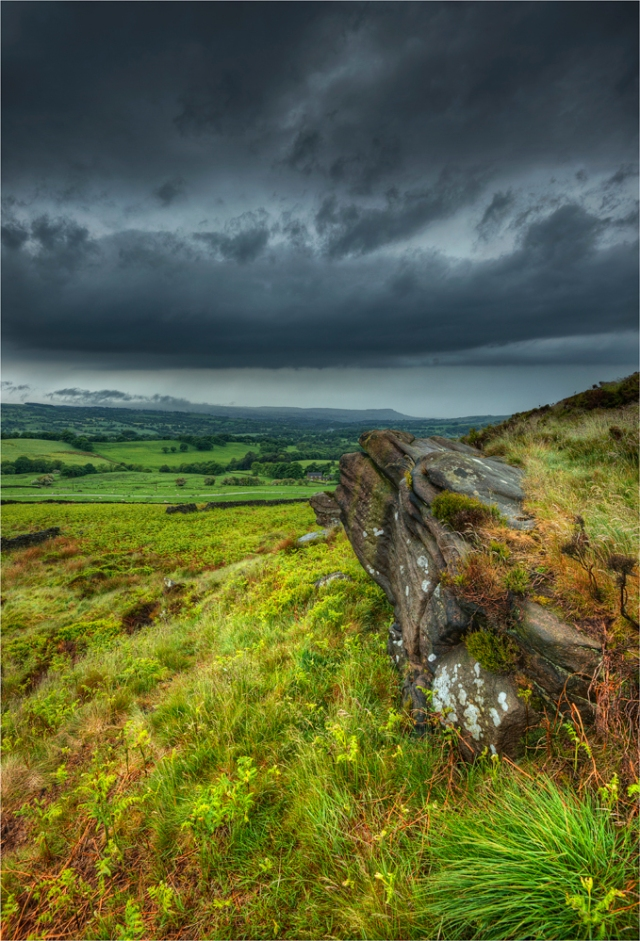 Peak-District-Storm-Staffordshire-E0756-17x25