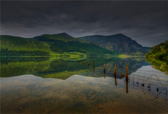 Reflections-Llyn-Cwellyn-WLS040-17x25 copy