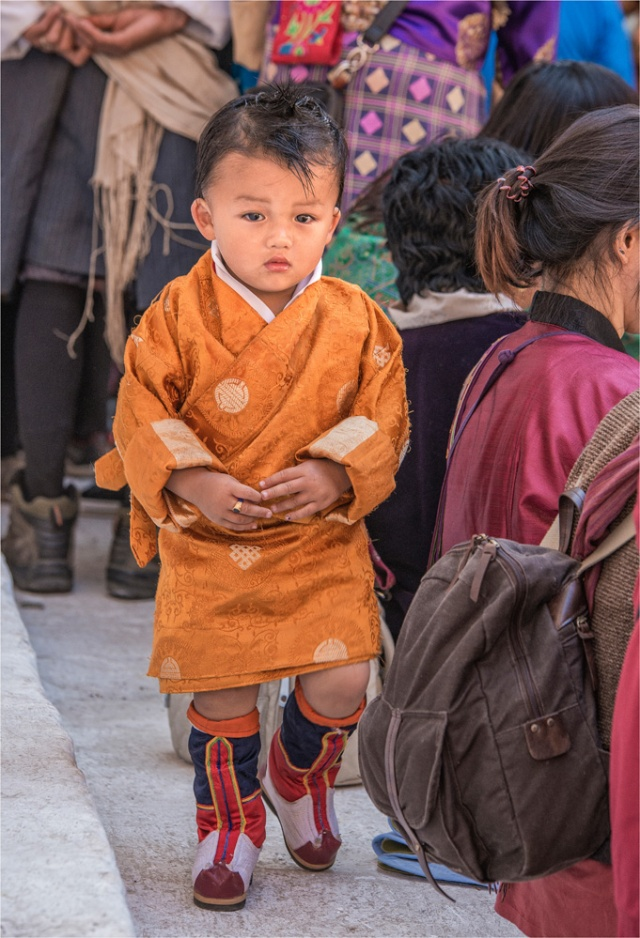 Child-Punakha-Dzong-Festival-BHU015-15x22