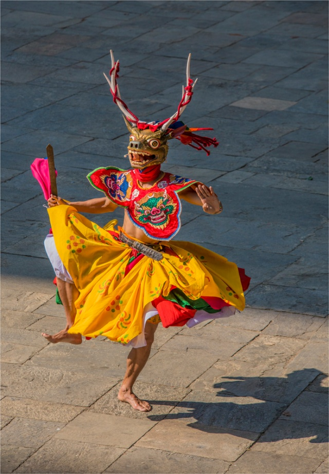 Dancer-Punakha-Dzong-BHU029-18x26 copy