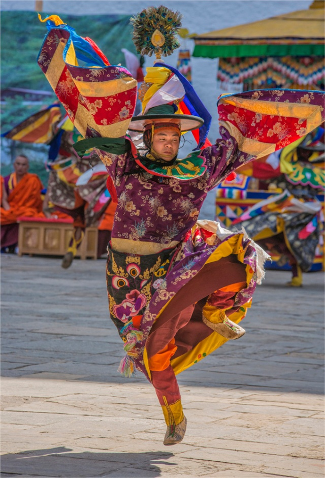 Dancer-Punakha-Dzong-Festival-BHU019-17x25 copy