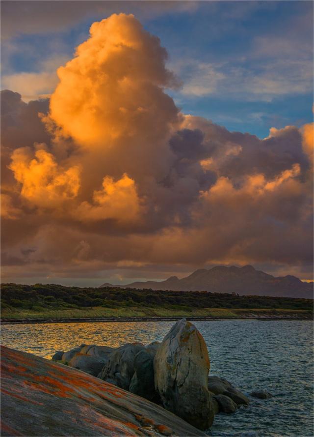 Dawn-Clouds-Blue-Rocks-FI0412-18x25