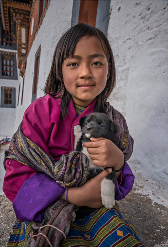 Girl-with-Puppy-Punakha-BHU008-17x25 copy