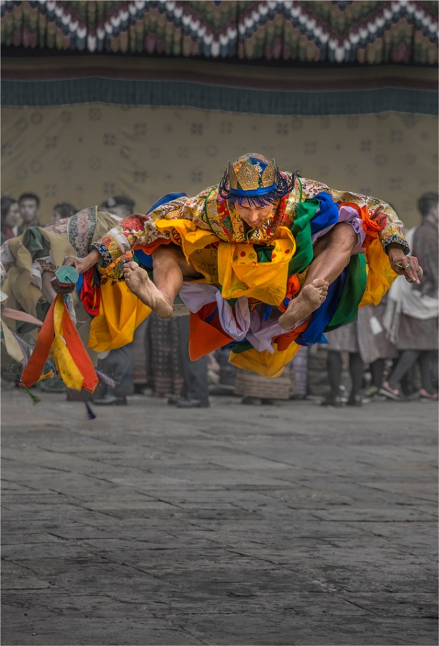 Jumping-Dancer-Punakha-BHU0156-17x25