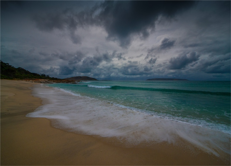 North-East-Beach-FI0404-18x25