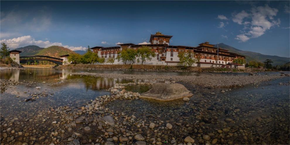 Punakha-Dzong-BHU003-15x30 copy