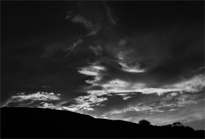 Sawyers-Bay-Clouds-FI0410-17x25