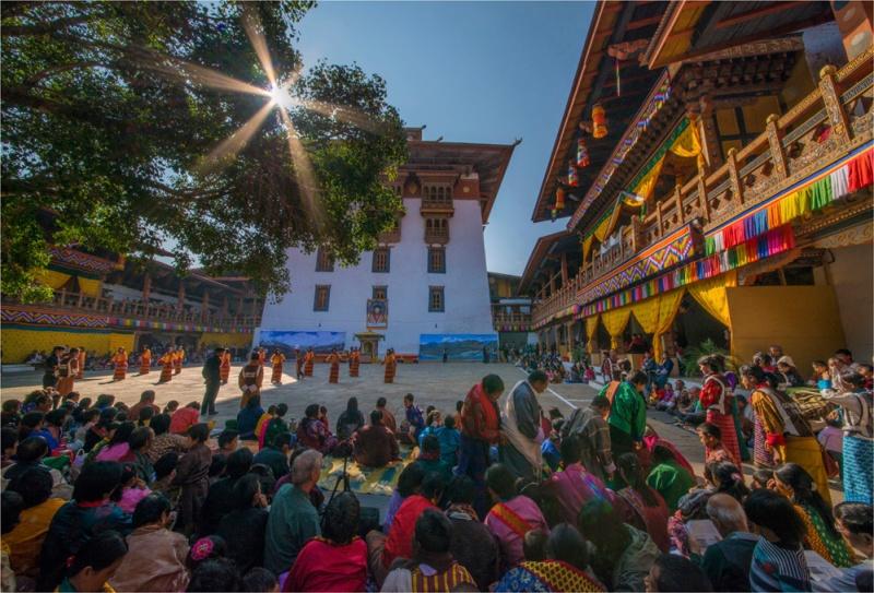 Sunstar-Punakha-Dzong-Festival-BHU017-17x25 copy
