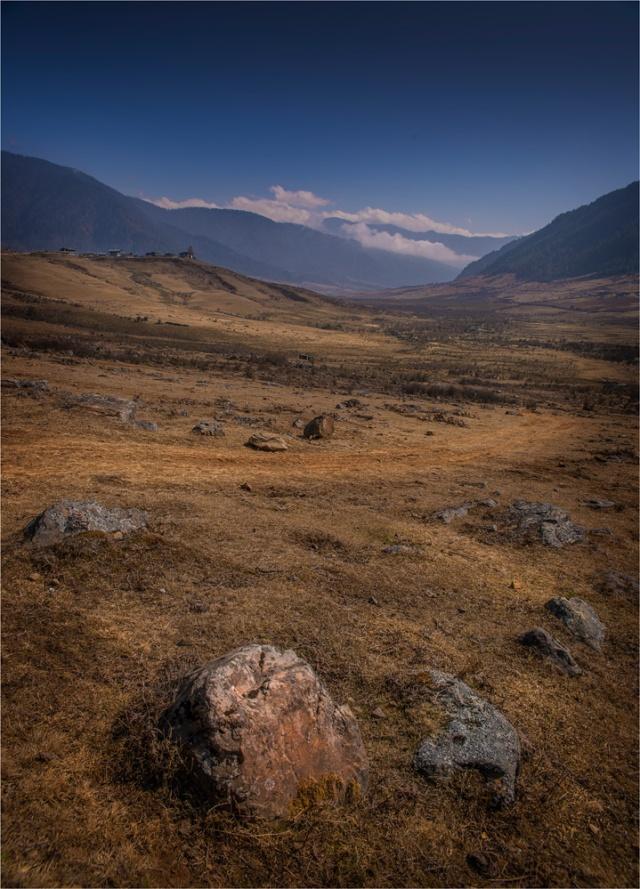 Trongsa-Valley-BHU093-18x25