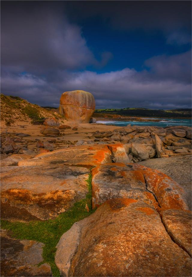 View-to-Castle-Rock-FI0390-18x26