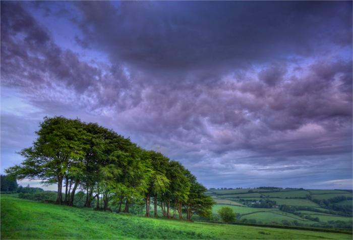 Blackmoor-Gate-dawn-E01-17x25