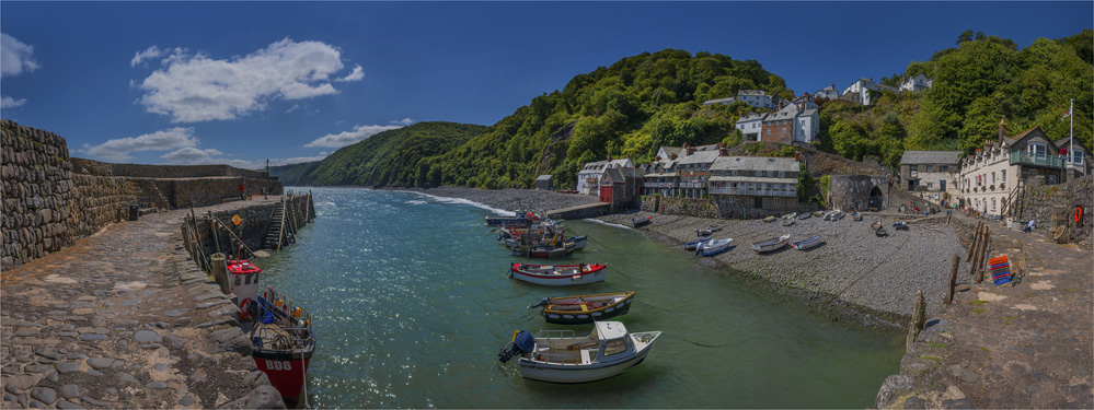 Clovelly-Harbour-Panorama-E0-15x40