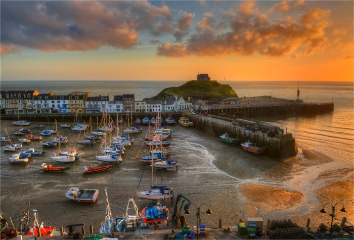 Ilfracombe-Harbour-Dawn-E0-17x25