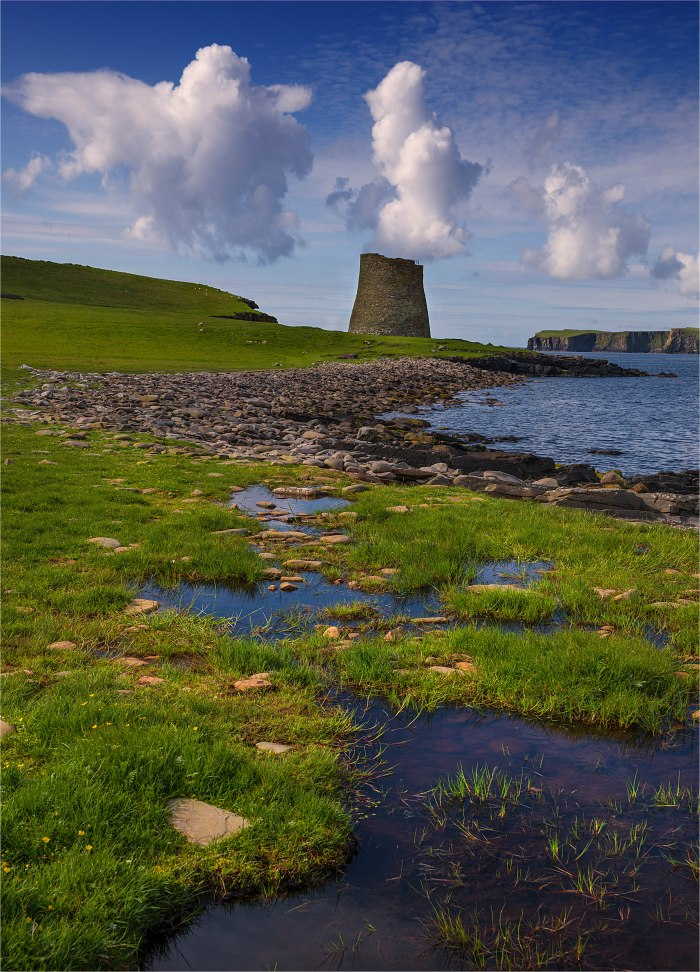 Broch-of-Mousa-SHET073-18x25