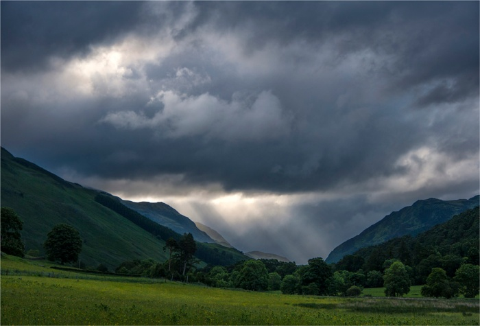 Storm-Light-Loch-Tummel-SCT0403-17x25
