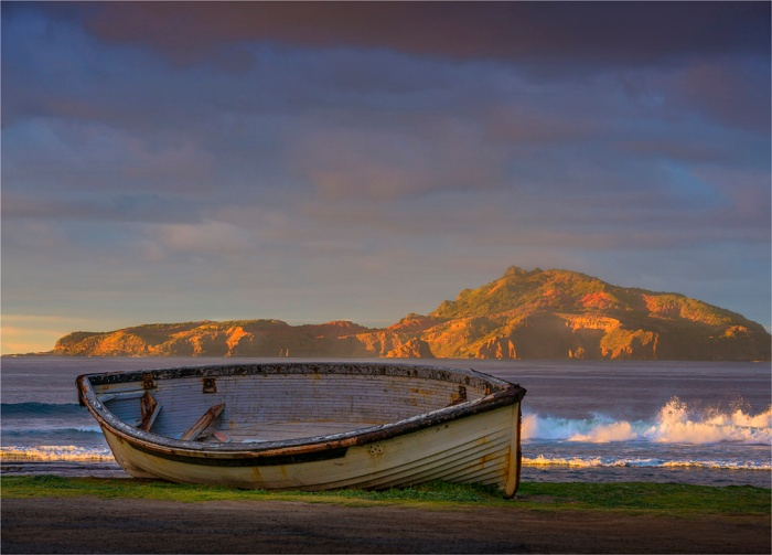 Lighter-Boat-Dawn-NI0506-18x25 copy
