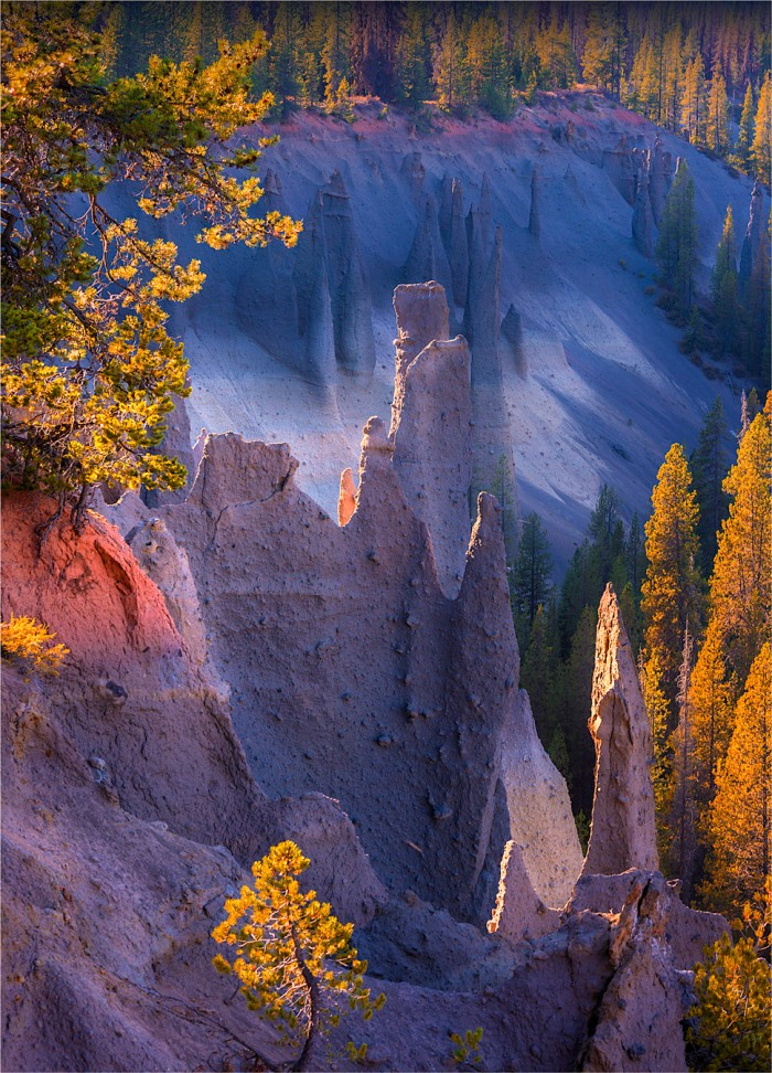 Crater-Lake-NP-Pinnacles-2015-09-US-ORE053-18x25