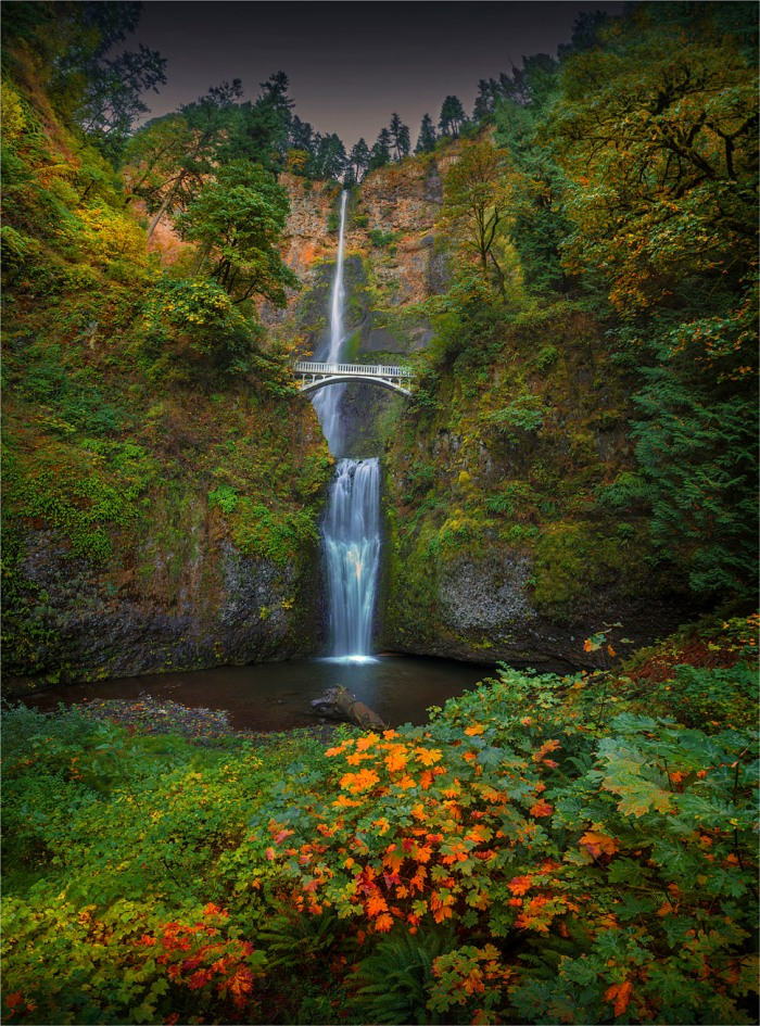 Multnomah-Falls-2015-09-US-ORE039-20x27