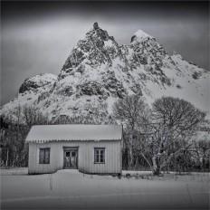 Henningsvaer-Lofoten-2016-NOR0080-25x25