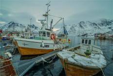 Sildpollholmen-Lofoten-2016-NOR0211-17x25
