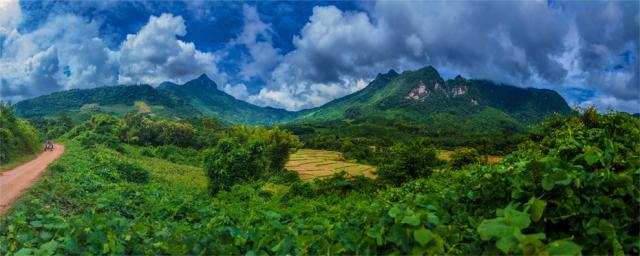 ban-naluang-2016-laos-169-24x60
