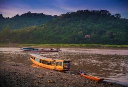 luang-prabang-2016-laos-391-17x25
