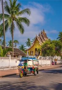 luang-prabang-2016-laos-930-18x26