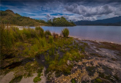 Lake-Pedder-South-West-2017-TAS328-18x26