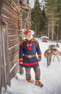 lars-sami-reindeer-2017-swe196-17x26