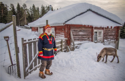 lars-sami-reindeer-2017-swe198-17x26
