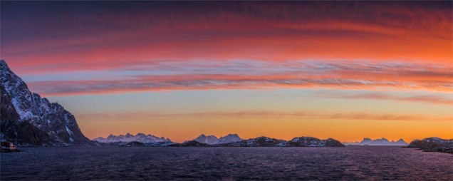 Henningsvaer-Dawn-2018NOR-633-Panorama