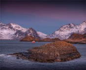 Henningsvaer-Dawn-2018NOR-642