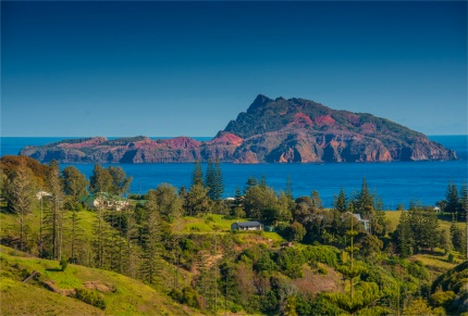 Middlegate-View-2017-Norfolk-Island-to-Phillip-005