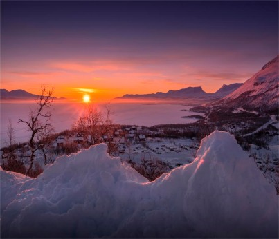 Dawn-Lapponia-Gates-Sunrise-03032019-Abisko-SWE739