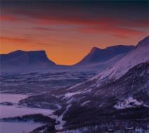 Winter-Dawn-Lapponia-Gates-03032019-Abisko-SWE710