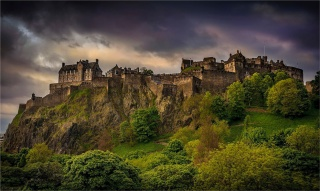 Edinburgh-Castle-SCT0949