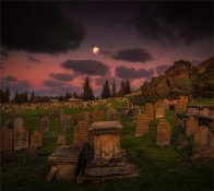 Moon-Over-Cemetery-16092019-Norfolk-Island-GG0382