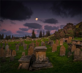 Moon-Over-Kingston-Cemetery-16092019-Norfolk-Island-0382