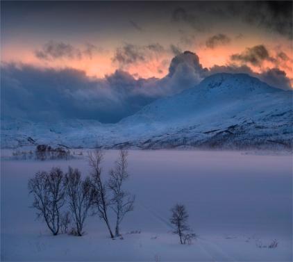 Skogsfjordvatnet-Ringvassoya-Dusk-02262020-Tromso-NOR-064